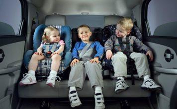 езда на машине с ребенком без детского кресла