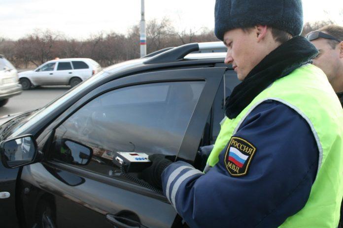 допустимая тонировка стекла в машине