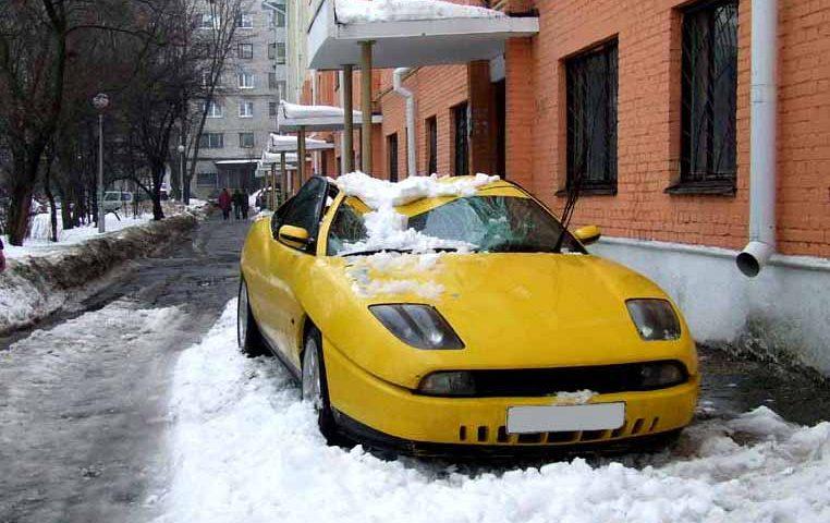 что делать если на машину упал снег