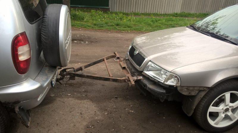 Жесткая сцепка автомобиля
