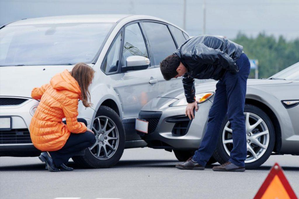 Чем может помочь автомобильный юрист